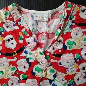 Peaches Scrubs Top Size M Christmas Xmas Santa